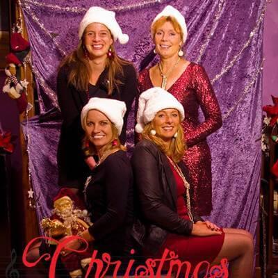 Christmas Carolines